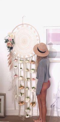 Es mucho más hermoso que los pequeños. Puede ser un aro de ula, una pieza de crochet, las cintas y las flores