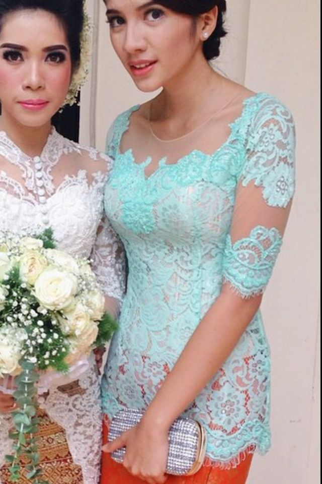Green mint color for your kebaya is perfect.