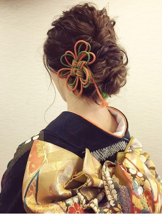 和婚花嫁さんに贈る♡お上品&キュートな和装ブライダルヘアまとめ✳︎にて紹介している画像 Up do with accessory - rope bow
