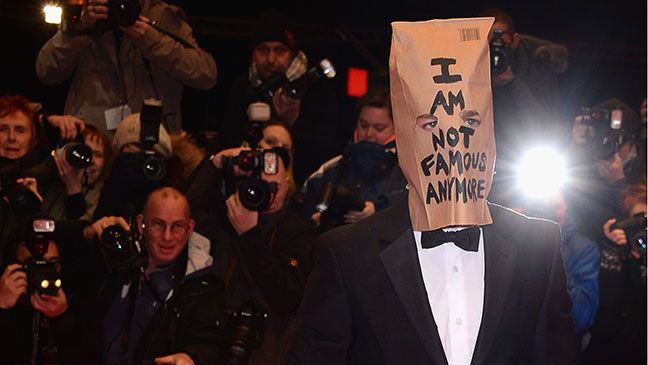 """I am not famous anymore""  Berlin: Shia LaBeouf Wears Paper Bag on Head to 'Nymphomaniac' Premiere"