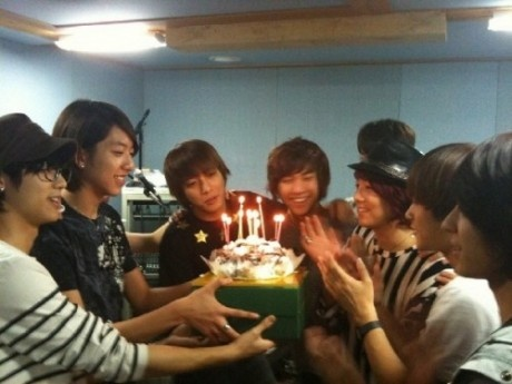 Happy Birthday <3 they celebrate together