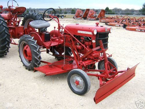 Ih Garden Tractors : Best images about farmall tractors on pinterest old