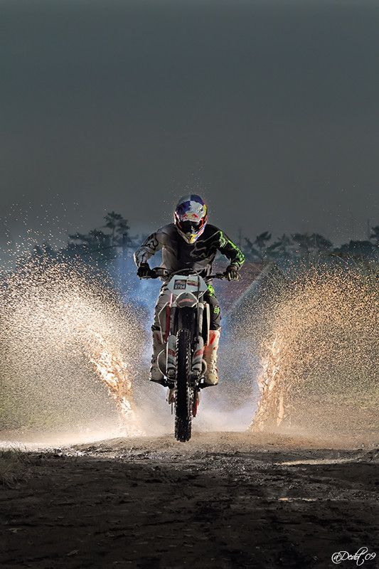 Making a Splash Motocross