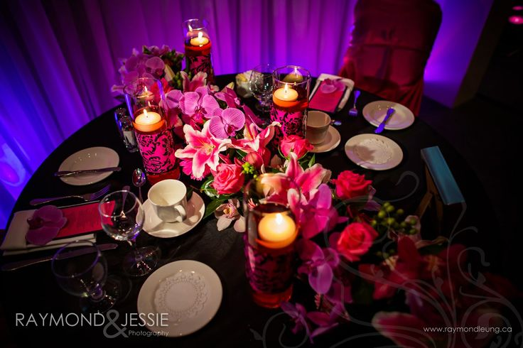Sweetheart Table with a fresh floral runner.