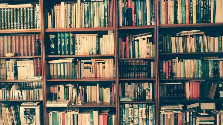 Németh György: Könyvek - Egy nagyszerű könyv olyan, mint egy barát, aki sosem hagy el. Visszatérhetsz hozzá újra és újra ő mindig ott lesz…
