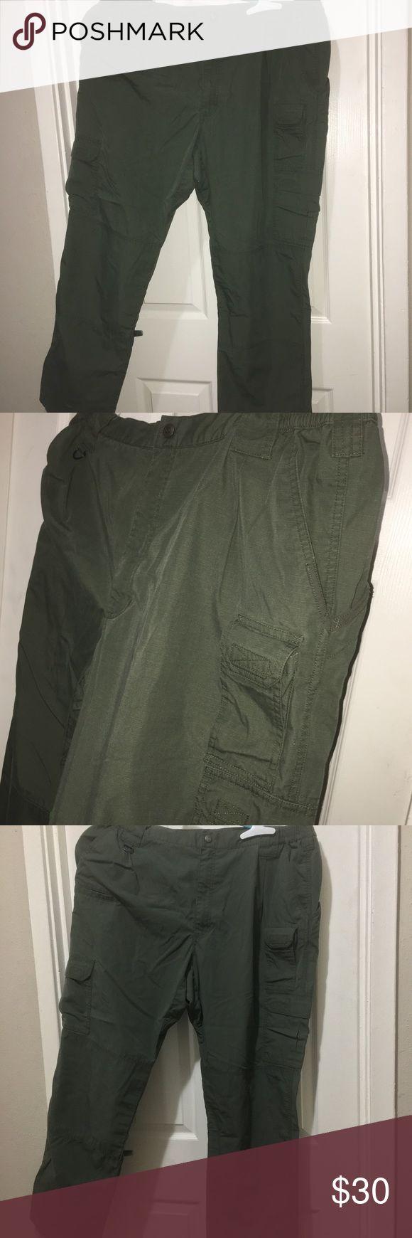 Mens green 511 tactical series cargo pants 42/34 Mens green 511 tactical series cargo pants 42/34 5.11 Tactical Pants Cargo