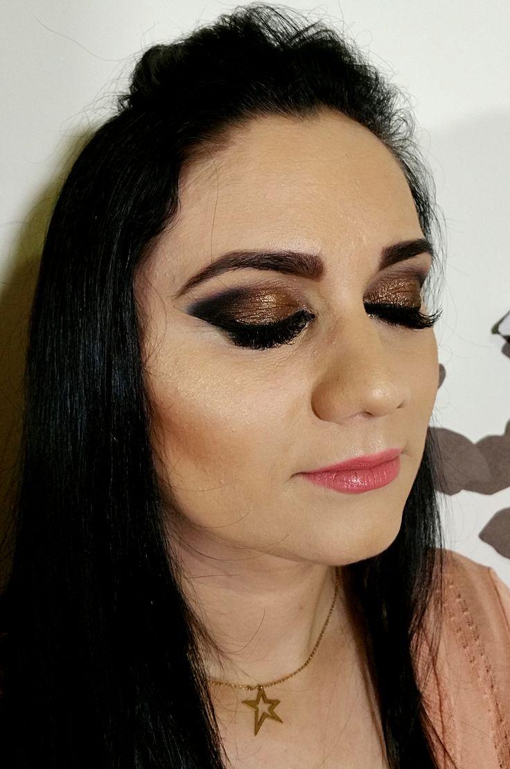arabic eyes, airbrush makeup
