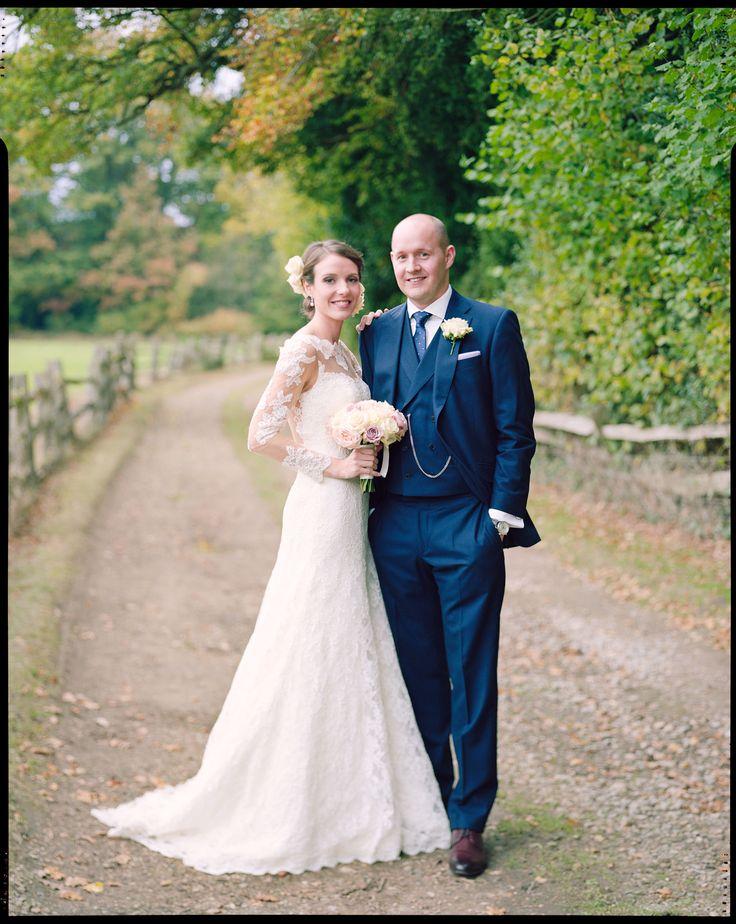 Wedding portraits shot on 4x5 film by www.marriedtomycamera.com #4x5film #weddingphotographyonfilm #largeformat #portraitphotography #northbrookpark #weddinginspiration #vintageweddingphotography #analoguephotography #kodakportra
