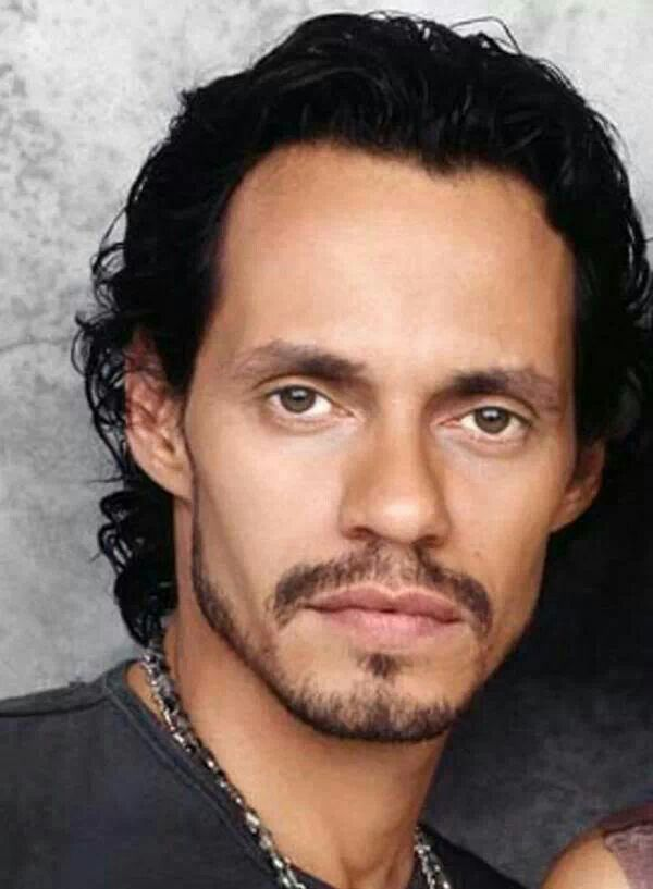 Marc Anthony belloooo