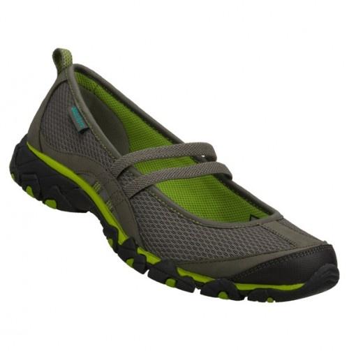 Athletic Shoe - Skechers Footwear - Cute for summer.