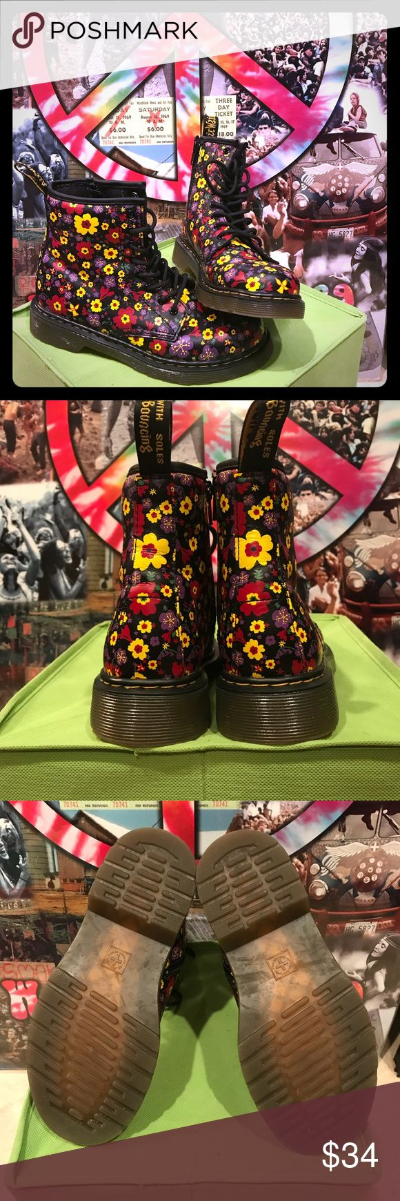 Black Floral Print Kids Doc Martens US Sz 3 🌸💛 EUC Black Floral Print Doc Martens!! Worn once for 2 hours!!!   Such a fun Print on a more rugged/hip boot  Kid's Sz 3 (US) however I wear a 5.5/6 in Women's and these fit PERCECTLY!!   Pretty much brand new, open to offers ✌🏻💛🛍 Dr. Martens Shoes Boots