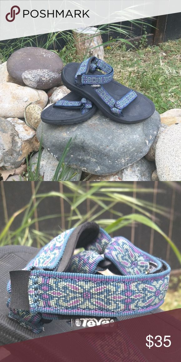 Women's Teva Sandals Adorable Teva sandals, just in time for summer! Excellent condition, worn once. They look a little dusty in the photos, but it's just the lighting. Excellent condition! Teva Shoes Sandals
