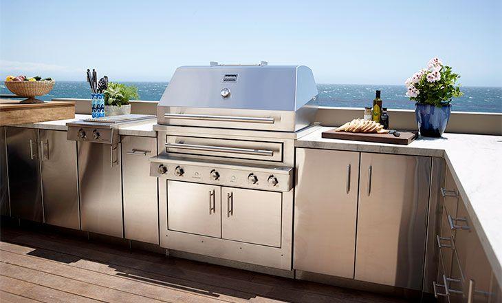 The K750HB Hybrid Fire Grill - Malibu, California