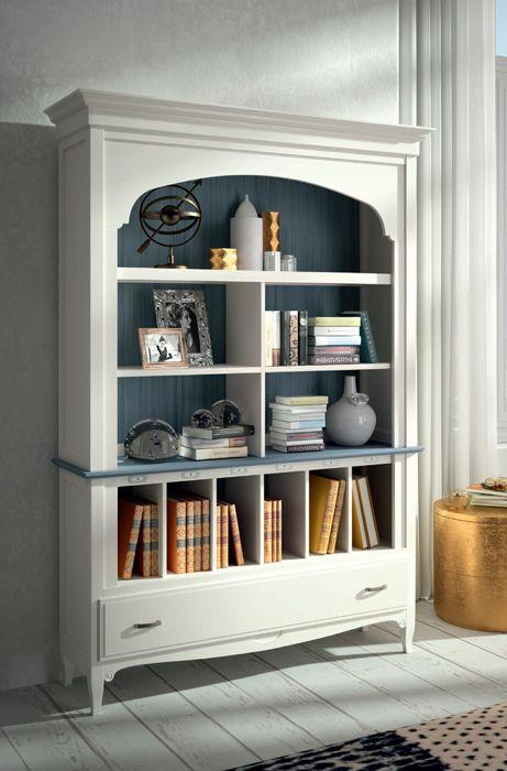 estanteria en madera maciza de estilo clsico en color lino y azul mar