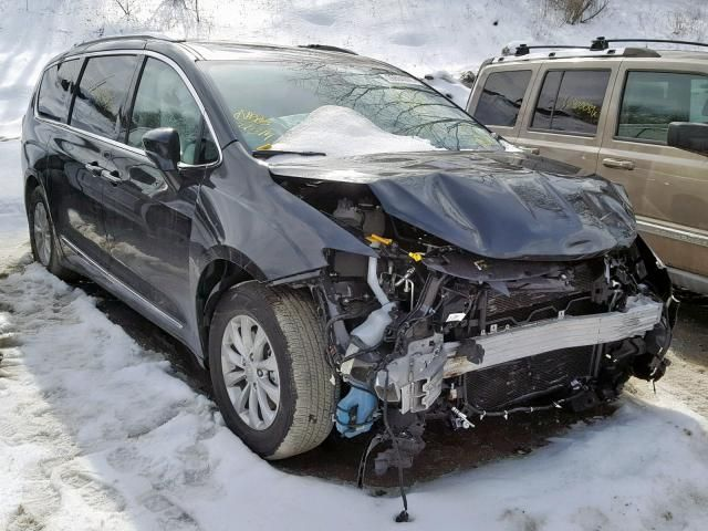 Salvage 2019 Chrysler Pacifica For Sale In New Jersey Carsales