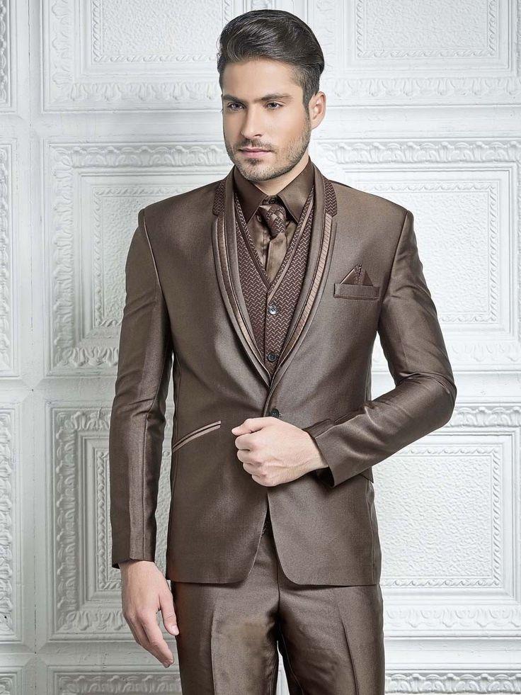 Мужской костюм-тройка (с жилетом)   рубашка с галстуком