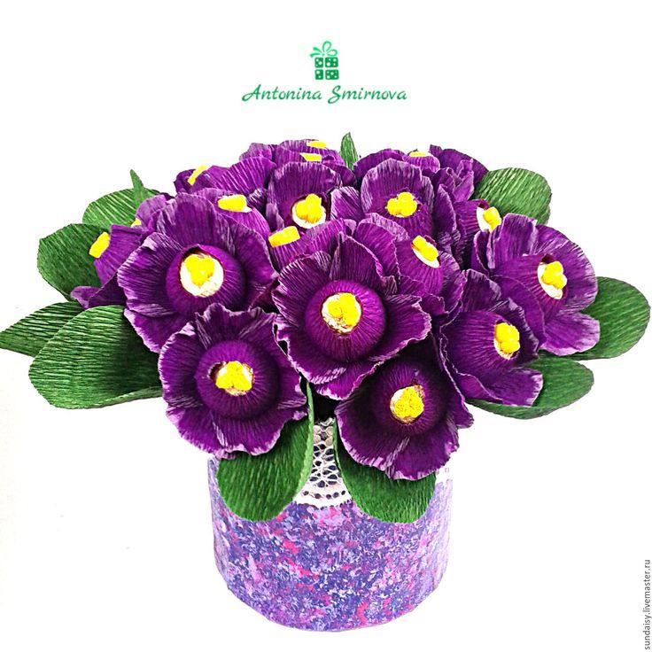 Купить Фиалки из конфет в кашпо - тёмно-фиолетовый, фиолетовый, фиалки, желтый, фиалки из конфет