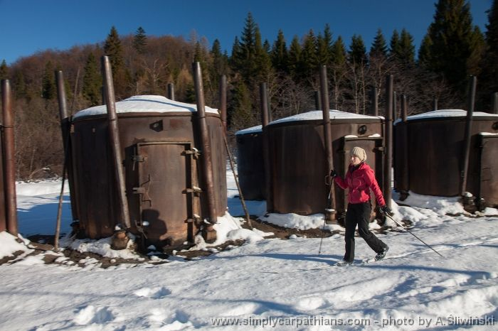 Discovering tarditional wood coal 'factory' on the skis. #Bieszczady #Poland www.simplycarpathians.com