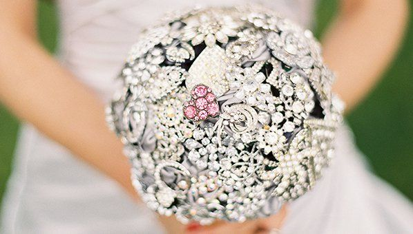 See the best non-flower alternative wedding bouquets on SHEfinds.