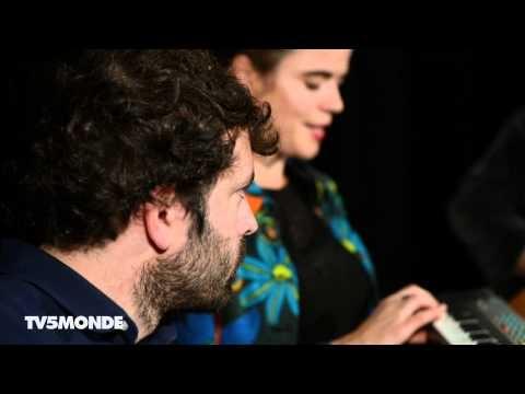 """FRANCHE CONNEXION #14 : Françoiz Breut chante """"Marie-Lise""""."""