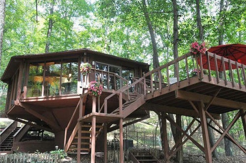 A Topsider Treehouse home (same company that built the treehouses at Walt Disney World): Favorite Places, Treehouse Living, Dreams Future, Tree Houses, Dreams Housesdecor, Frank Lloyd Wright, Treehouse Frank, Topsid Trees, Awesome Trees Houses