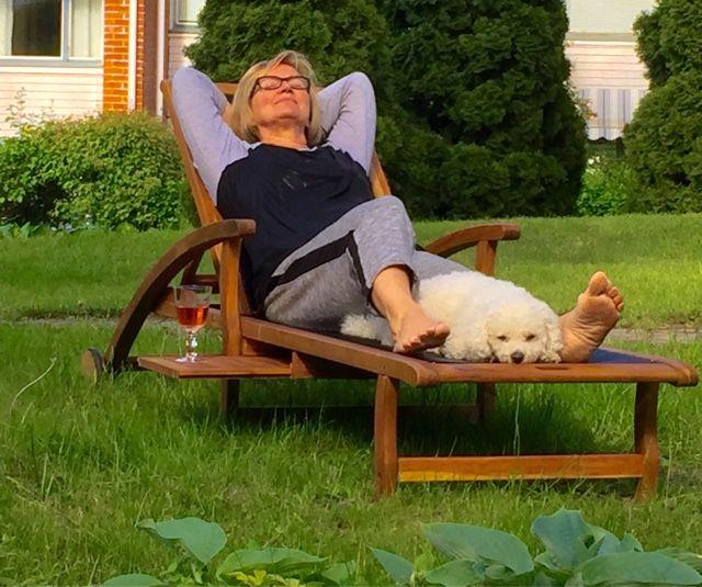 Annen kotona ja pihalla: Easy living