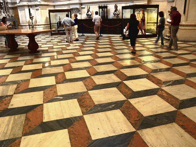 56 best images about floors on pinterest museums for Floor illusions