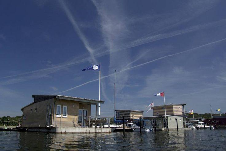 im jaich: Schwimmende Häuser