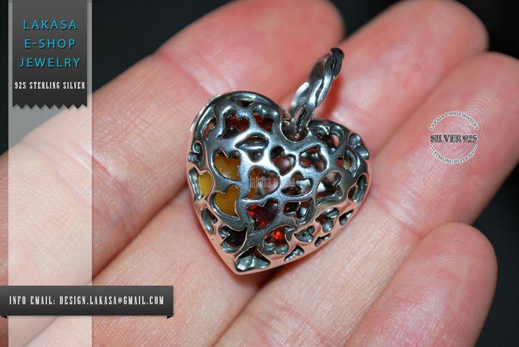 Beautiful 3D design Heart Pendant with Baltic Ambers Stones Sterling Silver 925 Handmade Jewelry Dimensions: 30 x 25 mm  FREE Shipping Worldwide!!! 3D Τρισδιαστατη Καρδια Μενταγιον Ασημενιο 925 με Αριστης Ποιοτητας Κεχριμπαρι πετρουλες #heart #amber #sterling #silver #jewelry #motherday #joyas #mujer #woman #moda #jewellery #γυναικα #κοριτσι #δωρο #κεχριμπαρι #ασημενιο