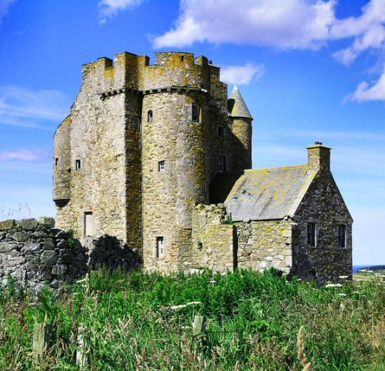 Inchdrewer Castle, Banff, Aberdeenshire, Scotland. www.castlesandmanorhouses.com Inchdrewer Castle is a 16th-century tower house in the northeast of Scotland. Originally owned by the Currour family, it was purchased by the Ogilvies of Dunlugas in 1557 and became their main family seat. It was uninhabited after 1836 and the structure deteriorated. The former model Olga Roh bought it in 2014 intending to restore it. It is now a category A listed building.