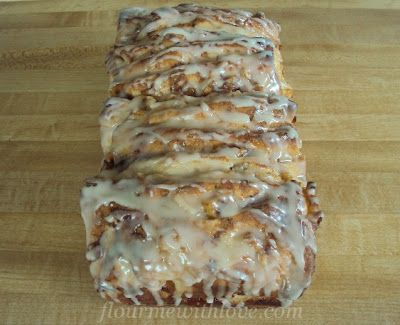 Flour Me With Love: Apple Fritter Bread...looks decadent!Pulled Apartments Breads, Recipe, Sweets, Apples Fritters Breads, Breakfast, Food, Fritters Pulled Apartments, Apple Fritters, Yummy