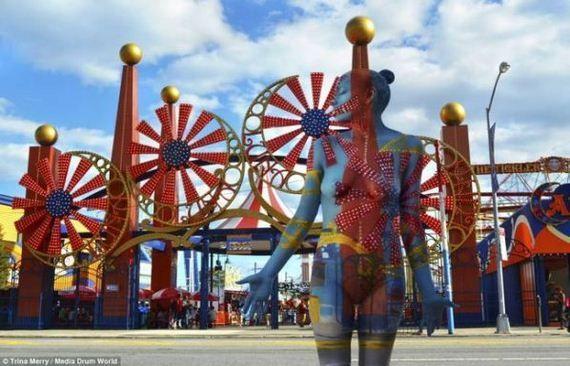 Városi kaméleonok – Trina Merry meztelen fotósorozata New Yorkban