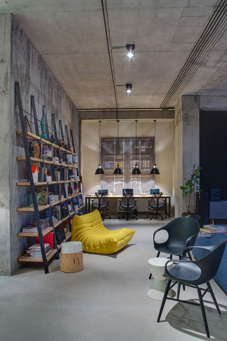 Best 25 loft office ideas on pinterest loft room for Interior design for office space