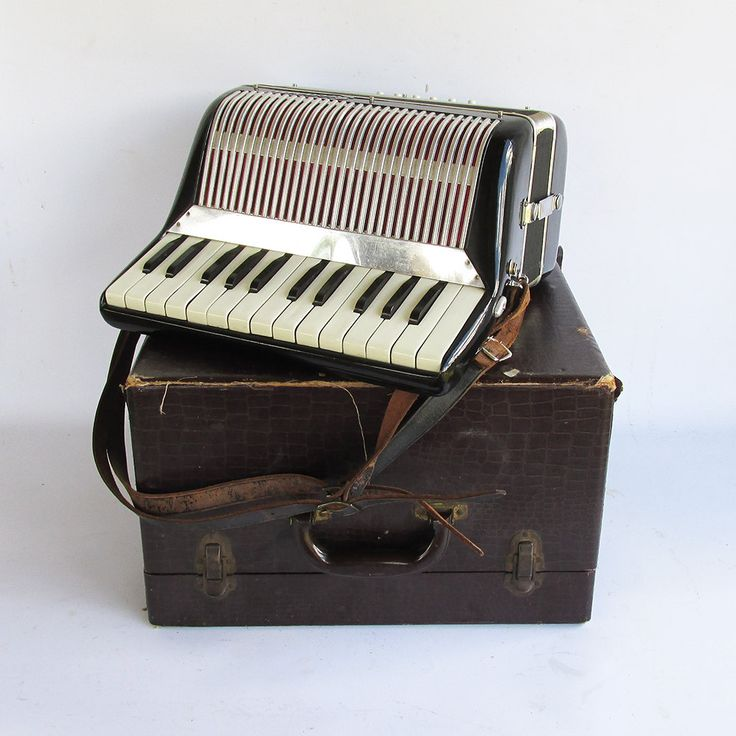 Mid Century Ricardo Accordion with Case by leapinglemming on Etsy