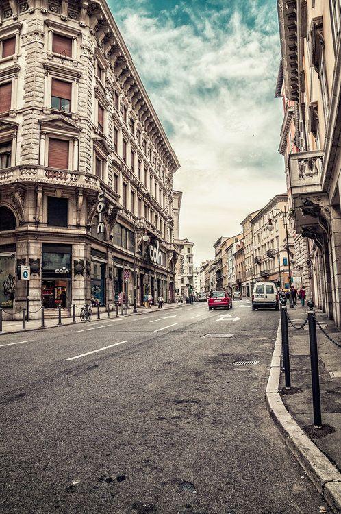 #Trieste #Italia @Giro_FVG @FVGlive @giampicam @CityofTrieste @Triesteracconta