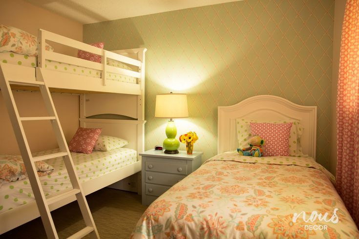 Before Amp After A Bedroom For Three Girls Inspiring