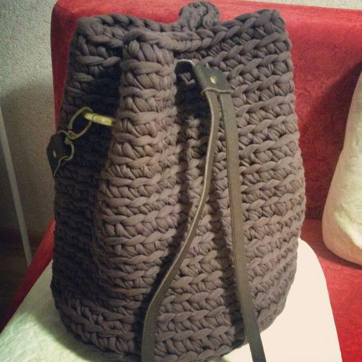 Сумка-торба из трикотажной пряжи. Возможен повтор