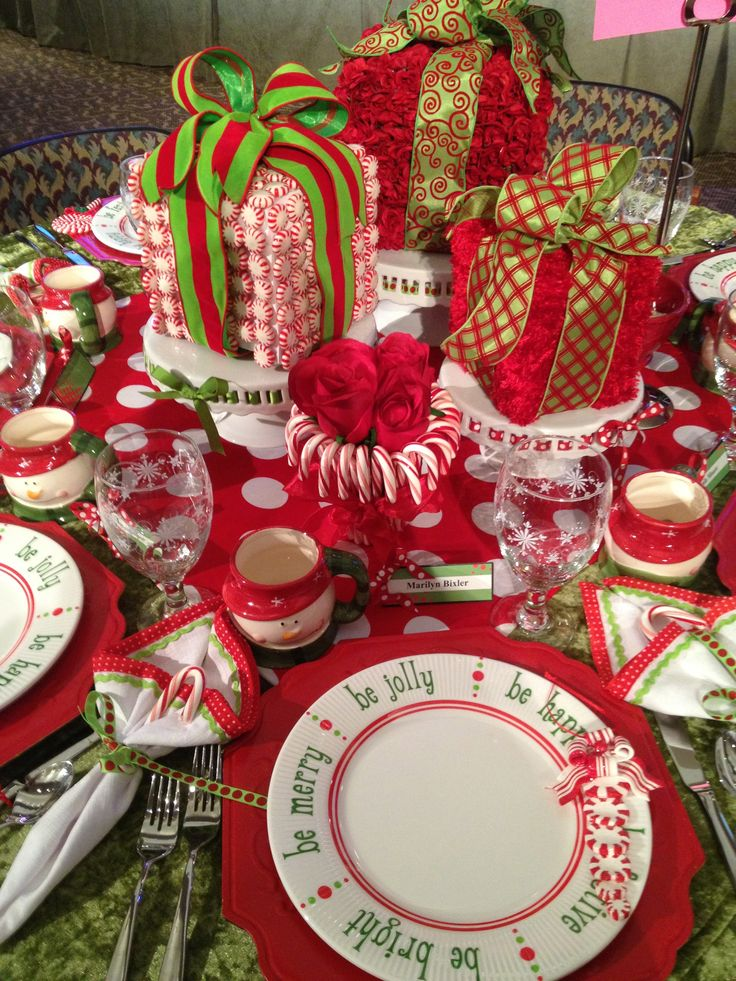 Fun Christmas Table Settings & View Larger