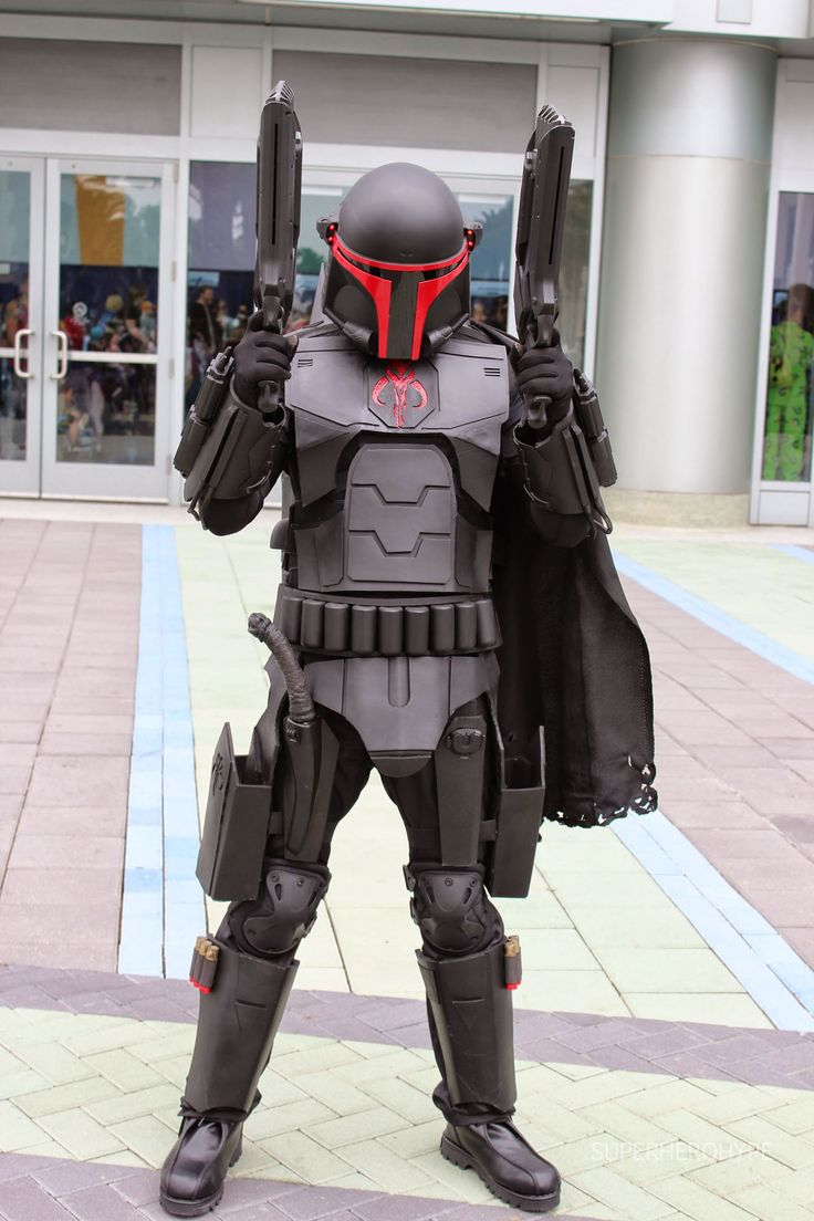 Mandalorian, this armor is amazing.  Love the colors and the overall shape and design.