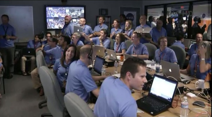 NASA's control room flooded with Macs during Mars Curiosity landing