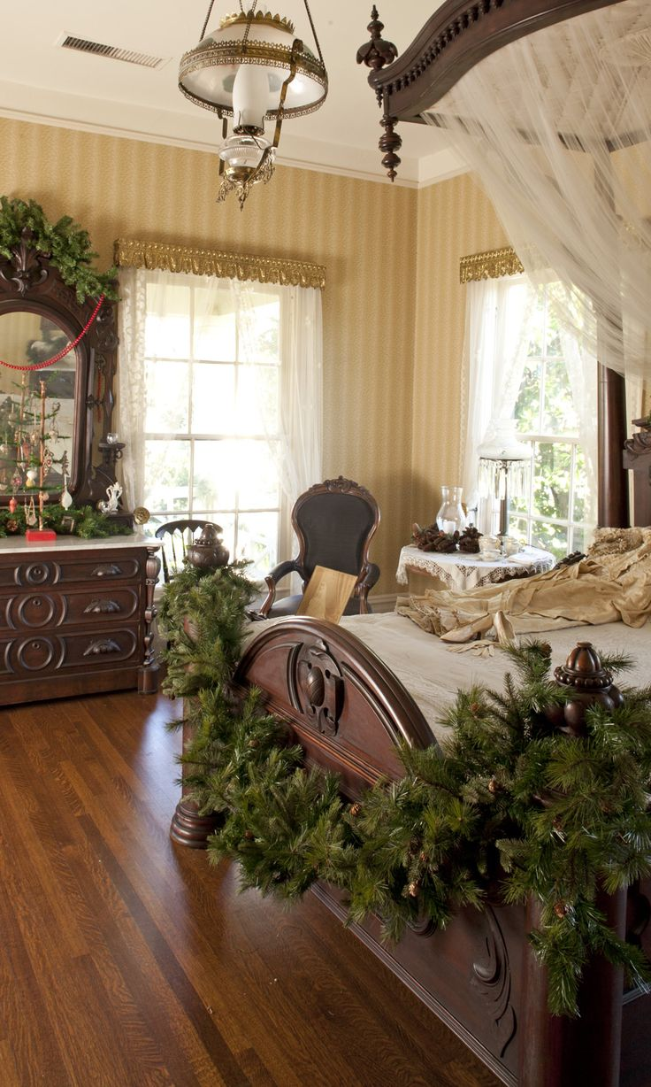 252 best Christmas Bedrooms images on Pinterest | Christmas ...