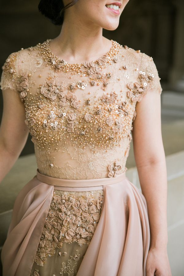 Gold and rose beaded wedding dress: Photography: Jasmine Lee - http://jasmineleephotography.com/