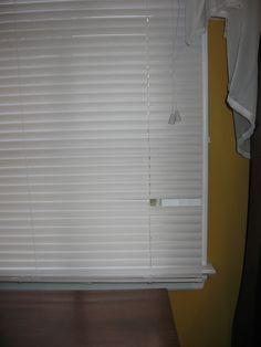 How to fix broken slats on vinyl mini blinds