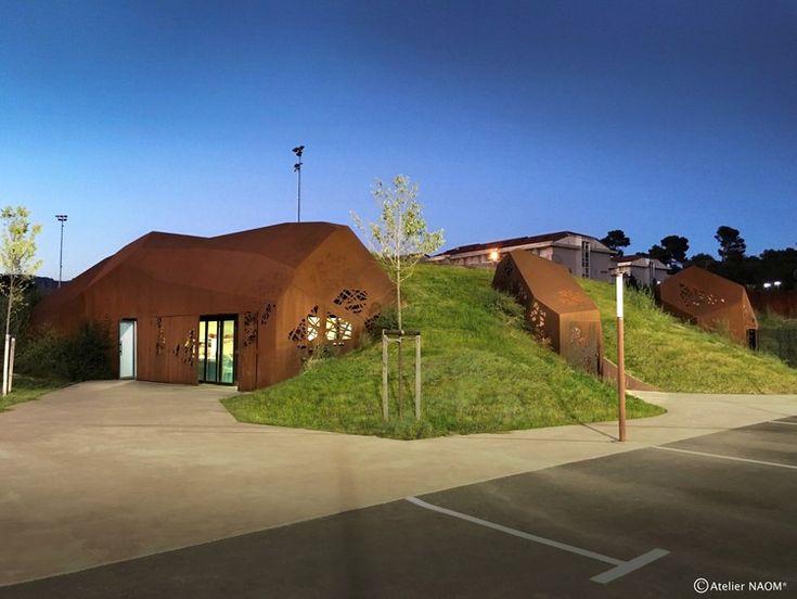 Noto-Lucchesi Stadium / Studio NAOM | ArchDaily