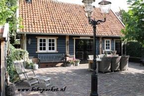 ook voor de aanschaf van uw materiaal voor een buitenverblijf of carport of jachthut , en voor de bouw hiervan kan beboparket uit vriezenveen zorgdragen www.beboparket.nl