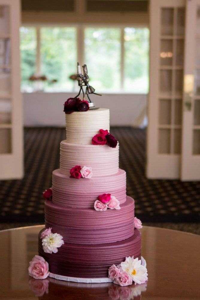 Purple ombre wedding cake // found on Modern Jewish Wedding Blog // Photo: Coppersmith Photography