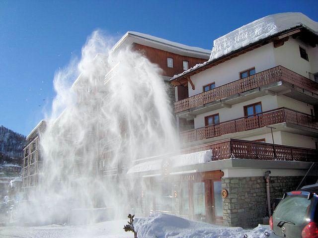 Hotel Lyskamm: HOTEL LYSKAMM BUITENKANT ITALIE WINTERSPORT SKI SNOWBOARD RAQUETTES SCHNEESCHUHLAUFEN LANGLAUFEN WANDELEN INTERLODGE