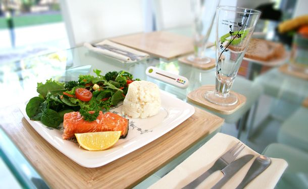 Salmon, salad and mashed potato - Vula! You now have an easy, healthy and perfect portioned size meal using your Waitplate System.