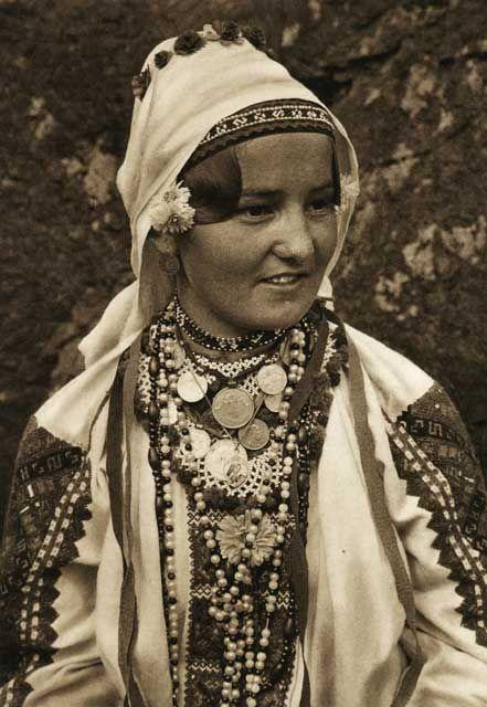 Romania - old photos - by Kurt Hielscher. Tinutul Padurenilor