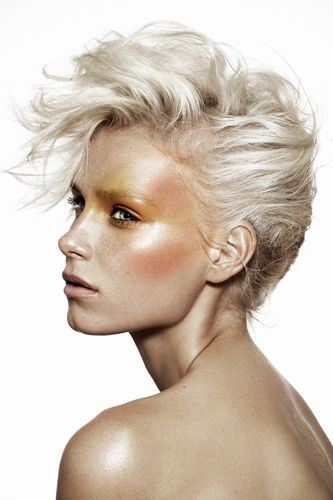 Photo Sarah Ford, Make up Loriane Méger, Hair Cyril Laforet, model Chanel@crystal